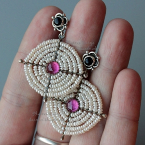 """Серьги с жемчугом и рубином """"Pearl circle - Ruby"""""""