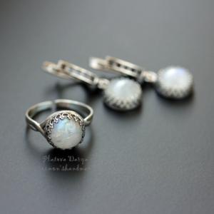 "Серебряное кольцо ""Moonlight shine"""