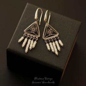 "Серебряные серьги с жемчугом ""Triangle"""