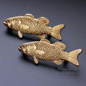 "Брошь ""The fish knows small"""